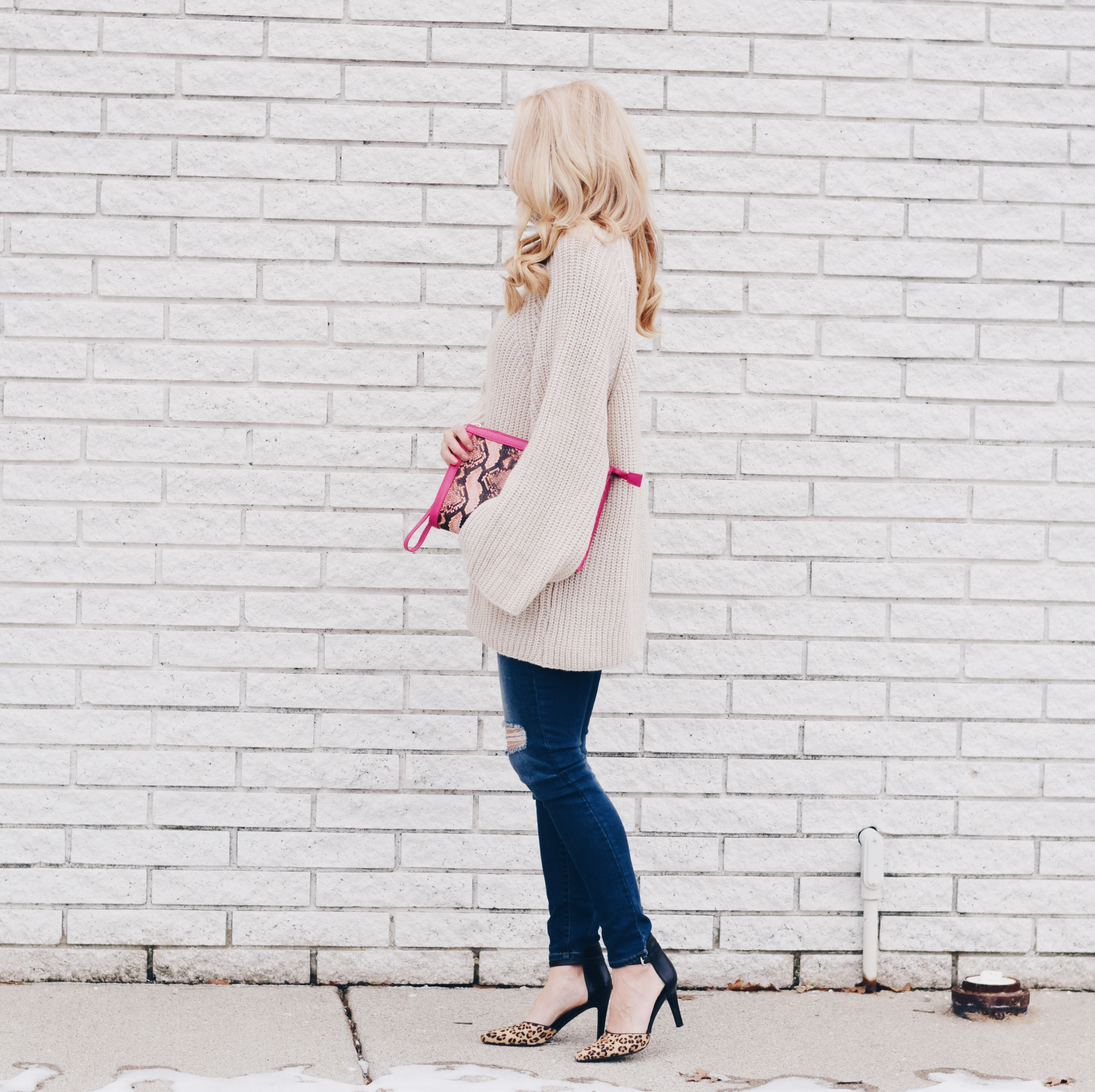 OVERSIZED MOCK NECK SWEATER + JEANS